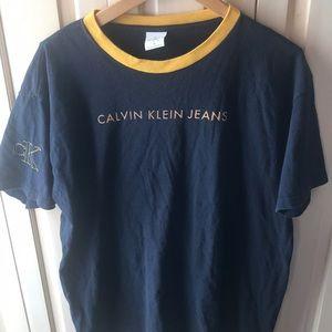 Men's size medium VINTAGE CALVIN KLEIN T-SHIRT
